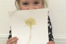 A great dandelion print Izzy.