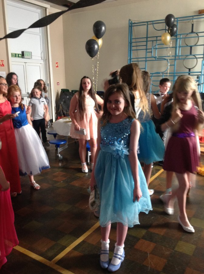 Year 6 leavers Prom | Boarshaw Primary School