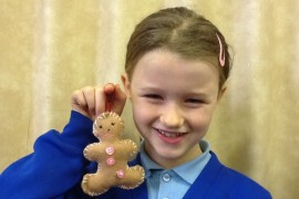Tiger Class made gingerbread men to hang on their Christmas trees.