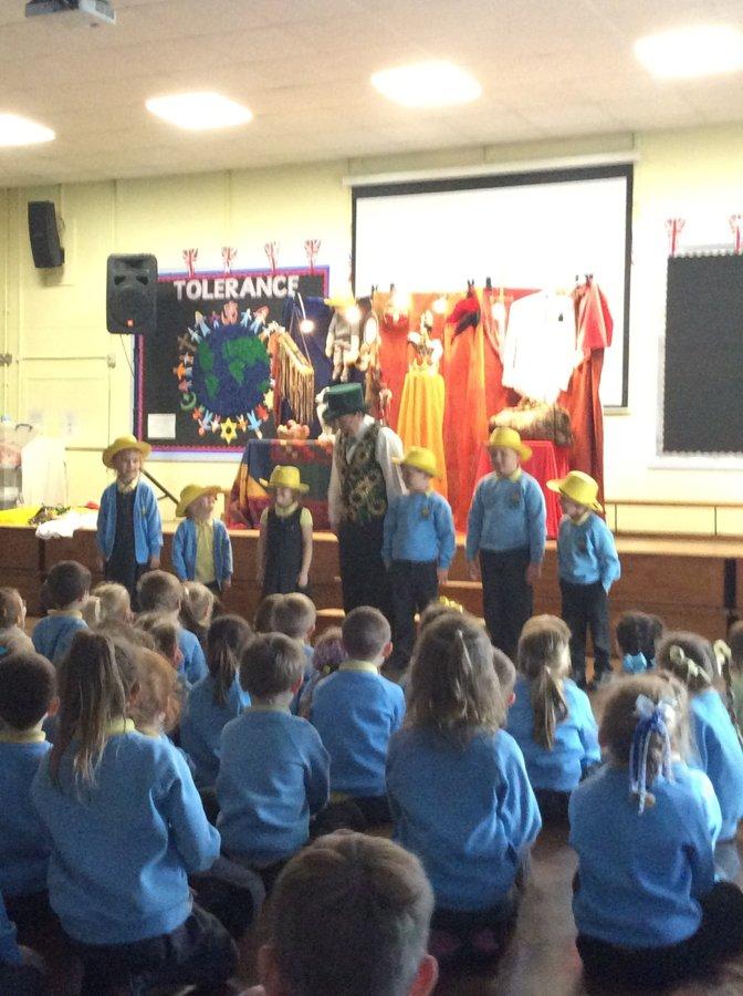 Another visit from Spellbinder | Moor Park Primary School
